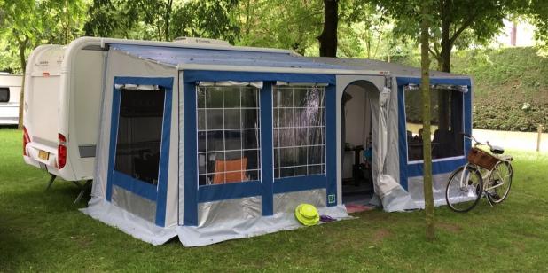 chiusura tendalino camper caravan